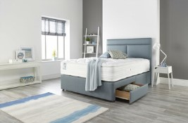 Slumberland Vantage Pocket 2200 P/T Bed Set on Legs