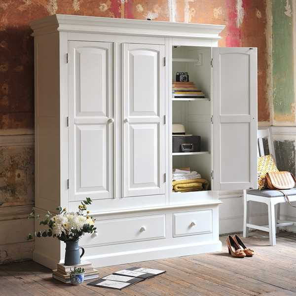 Burford Painted Triple Wardrobe