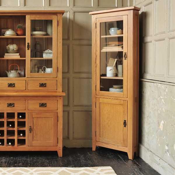 Oakland Corner Display Cabinet Want