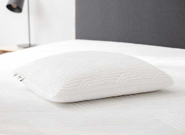 TEMPUR Cloud CoolTouch™ Pillow