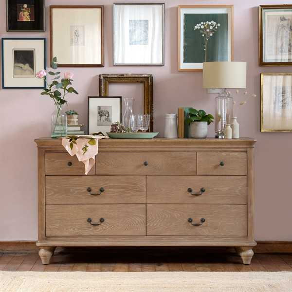 Wickham Washed Oak Low and Wide Chest